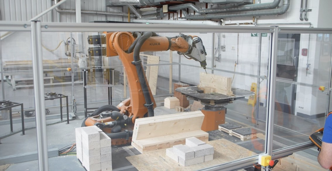 Roubo - Robotic Timber Fabrication